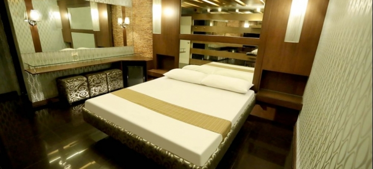 Hotel Victoria Court Cuneta: Studio Apartment MANILA