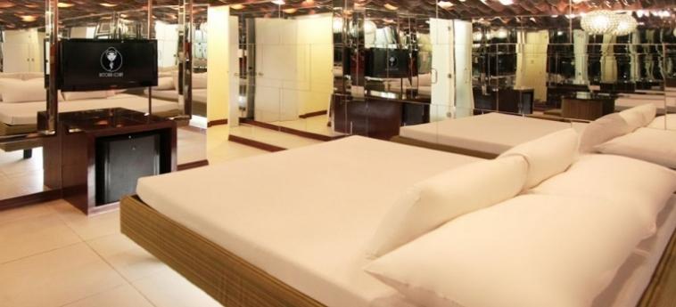 Hotel Victoria Court Gil Puyat: Sala da Ballo MANILA