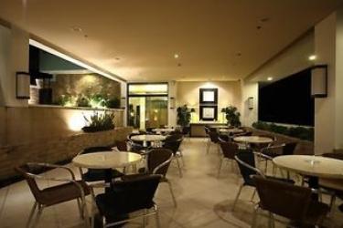 G Hotel Manila: Lounge Bar MANILA
