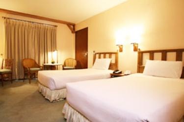 G Hotel Manila: Schlafzimmer MANILA