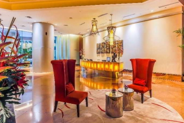 Hotel Discovery Suites: Lobby MANILA
