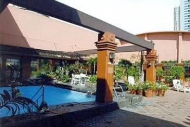 Hotel Bayview Park: Swimming Pool MANILA