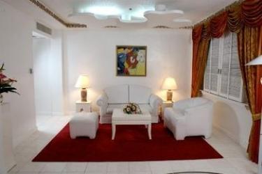 Hotel Bayview Park: Zimmer Suite MANILA