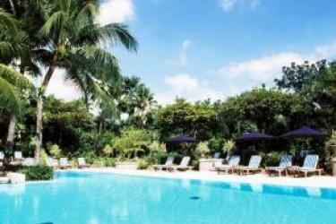 Hotel The Peninsula Manila: Swimming Pool MANILA