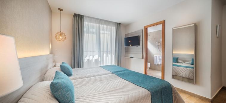 Hotel San Cristobal: Chambre jumeau MARBELLA - COSTA DEL SOL