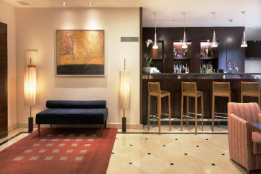 Hotel Nh Marbella: Bar MARBELLA - COSTA DEL SOL