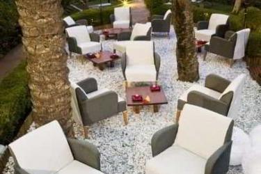 Hotel Nh Marbella: Terrasse MARBELLA - COSTA DEL SOL