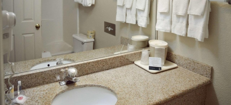 Hotel Quality Inn Yosemite Valley Gateway: Bagno MARIPOSA (CA)