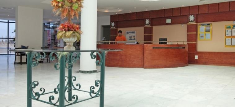 Hotel Moon Resort Marsa Alam: Plage MARSA ALAM