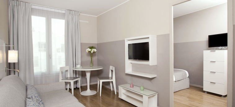 Hotel Residhome Saint-Charles: Chambre Suite MARSEILLE