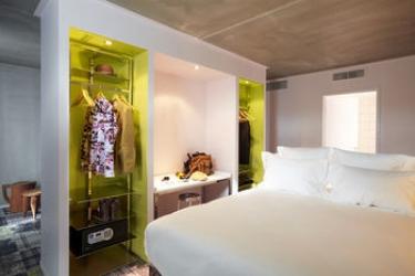Hotel Mama Shelter Marseille: Putting Green MARSIGLIA