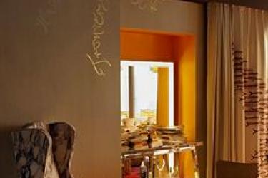 Hotel Mama Shelter Marseille: Zona Pranzo MARSIGLIA