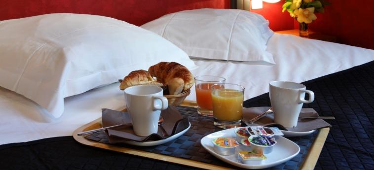 Adonis Marseille Vieux Port - Hotel Du Palais: Dettaglio MARSIGLIA