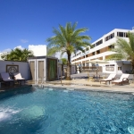Burnas Beach & Apartments