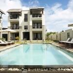 Hotel Grand Bay Suites