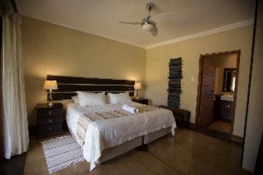 Hotel Nkonyeni Lodge & Golf Estate: Chalet MBABANE