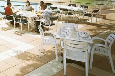 Hotel Ezulwini Sun: Outdoor Restaurant MBABANE