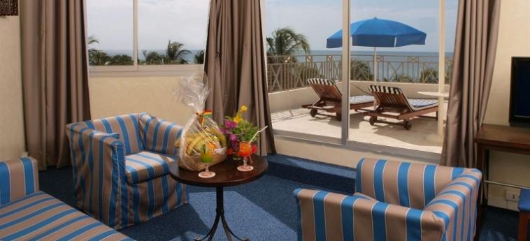 Hotel Palm Beach: Chambre Triple MBOUR