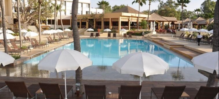 Hotel Palm Beach: Piscine Découverte MBOUR