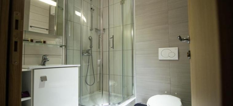 Hotel Herceg: Cuarto de Baño MEDJUGORJE