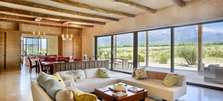 Hotel Alpasion Lodge: Sala de estar MENDOZA