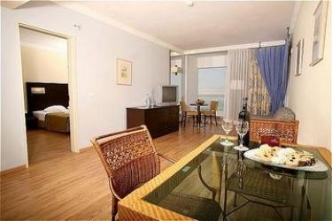 Hotel Crowne Plaza: Chambre Suite MER MORTE