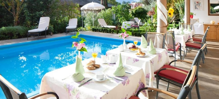 Hotel Aurora: Salle de Petit Déjeuner MERANO - BOLZANO