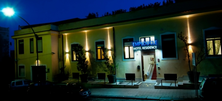 Hotel Residence Empedocle: Außen MESSINA