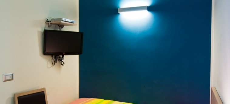 Hotel Residence Empedocle: Schlafzimmer MESSINA