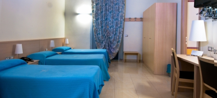 Hotel Residence Empedocle: Bedroom MESSINA