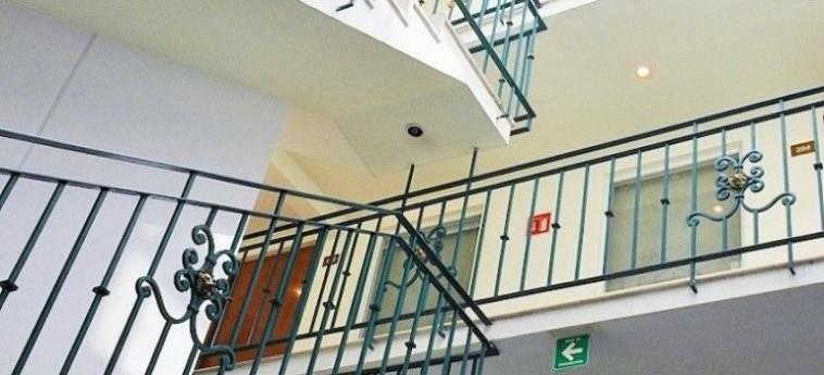 Hotel Suites Aristoteles: Restaurant MEXICO STADT