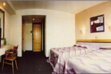 Hotel El Salvador: Doppelzimmer MEXICO STADT