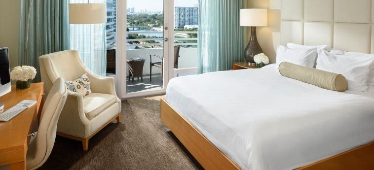 Hotel Fontainebleau Miami Beach: Bedroom MIAMI BEACH (FL)