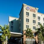 Hotel Comfort Suites Miami Airport North