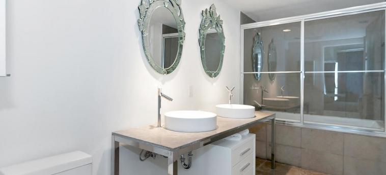 Icon-Viceroy By Sunnyside Retreats: Bathroom MIAMI (FL)