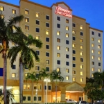 Hotel Hampton Inn & Suites By Hilton Miami Airport South - Blue Lagoon
