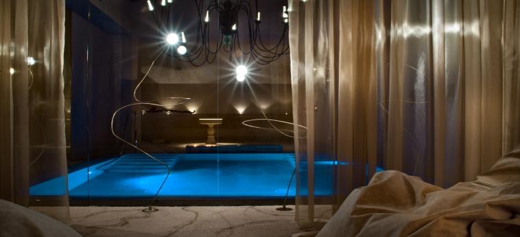 Hotel Chateau Monfort: Piscine chauffée MILAN