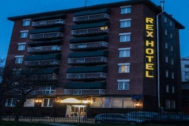 Hotel Rex: Exterior MILAN