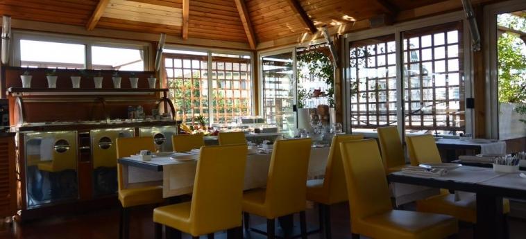 Hotel Metrò: Restaurante MILÁN