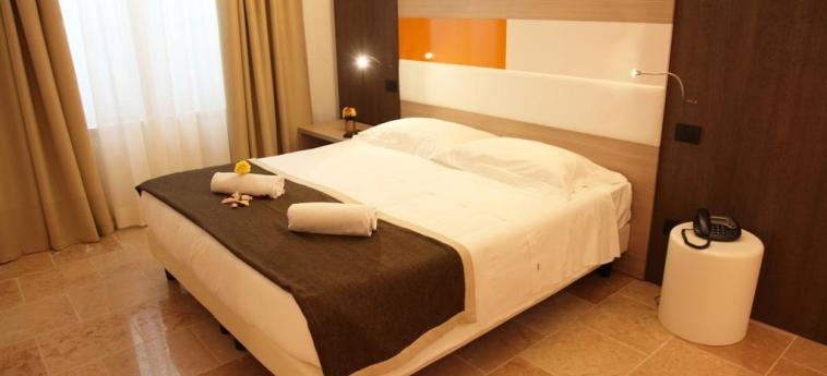Hotel Metrò: Guestroom MILAN
