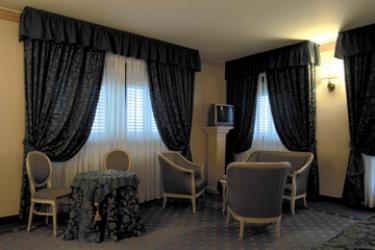 Hotel Villa Malpensa: Chambre junior Suite  MILAN