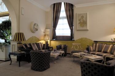 Hotel Villa Malpensa: Lobby MILAN
