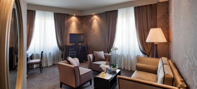 Hotel Mozart: Intérieur MILAN