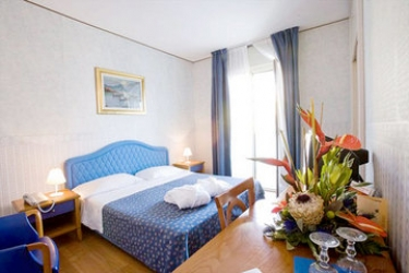 Hotel Color Metropolitan Beach Mi.ma: Habitación MILANO MARITTIMA - RAVENNA