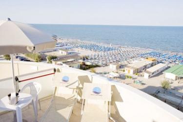 Hotel Color Metropolitan Beach Mi.ma: Vista MILANO MARITTIMA - RAVENNA