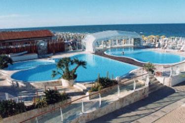 Hotel Des Bains: Swimming Pool MILANO MARITTIMA - RAVENNA