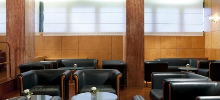 Hotel Raffaello: Lounge Bar MILANO