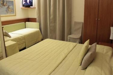 Hotel Bernina: Camera Matrimoniale/Doppia MILANO