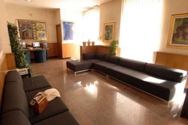 Hotel Bernina: Esterno MILANO