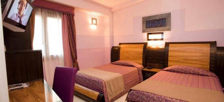 Hotel Garibaldi: Camera Doppia - Twin MILAZZO - MESSINA